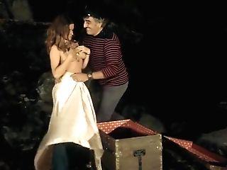 Isabelle Copejans......nude (only Udders Scene)