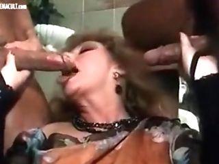 Marina Lotar Manya - Calda Pioggia Di Sesso