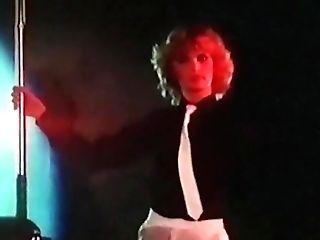 Dolls Keep Swinging - Antique Cabaret Striptease 70s