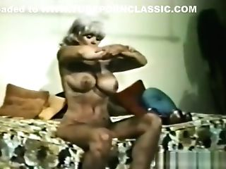 Glamour Nudes 559 60's And 70's - Scene 1