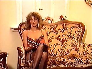 Scharfe Women Mit Feuchten Spalten Teil Three (1988)
