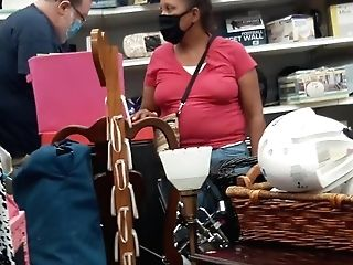 No Brassiere Latina Mom
